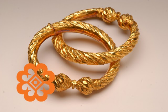 Perhiasan Diri Kaum Cina Cucuk Sanggul Pakaian Tradisional Dan Perhiasan Diri Tingkatan 3 Dia Memang Begitu Mas Makan Malam Saja Sendiri Makelsoresi