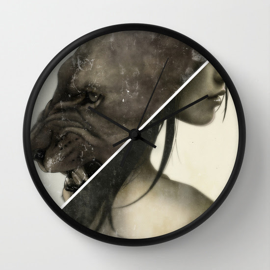 Live To Win. Wall Clock