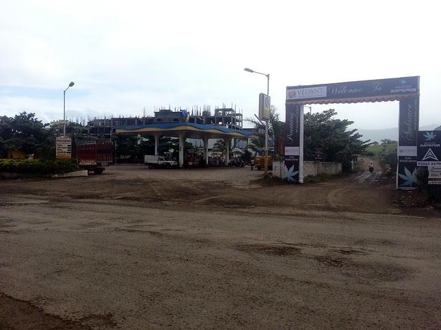 Dharmavat Petrol Pump on Katraj - Undri - Saswad Road, near Khadi Machine Chowk - Kondhwa and Welcome arch of Kingston Imperia, 1 BHK 2 BHK & 2.5 BHK Flats, Pisoli - Pune 411028
