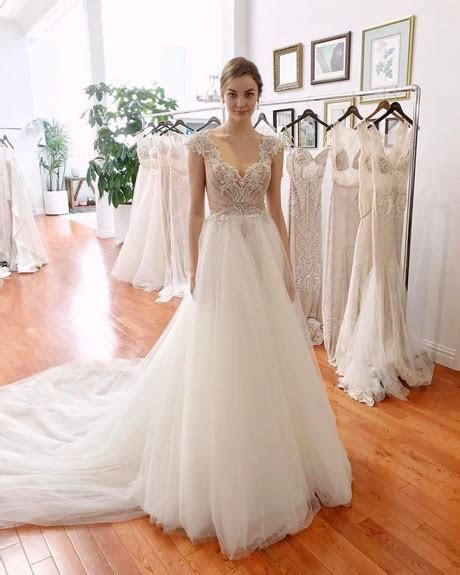 New wedding dress designs 2018