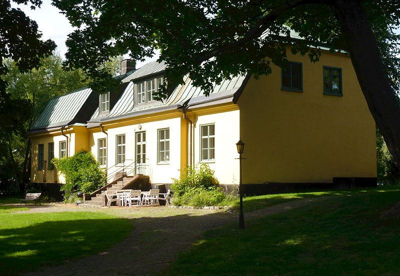 Solna prästgård 2013.jpg