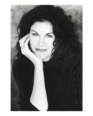 Author-Actress Mara Purl