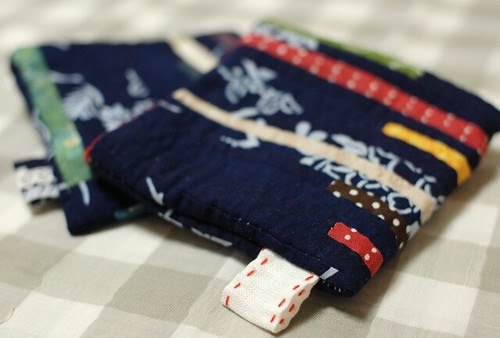 String quilt pouch
