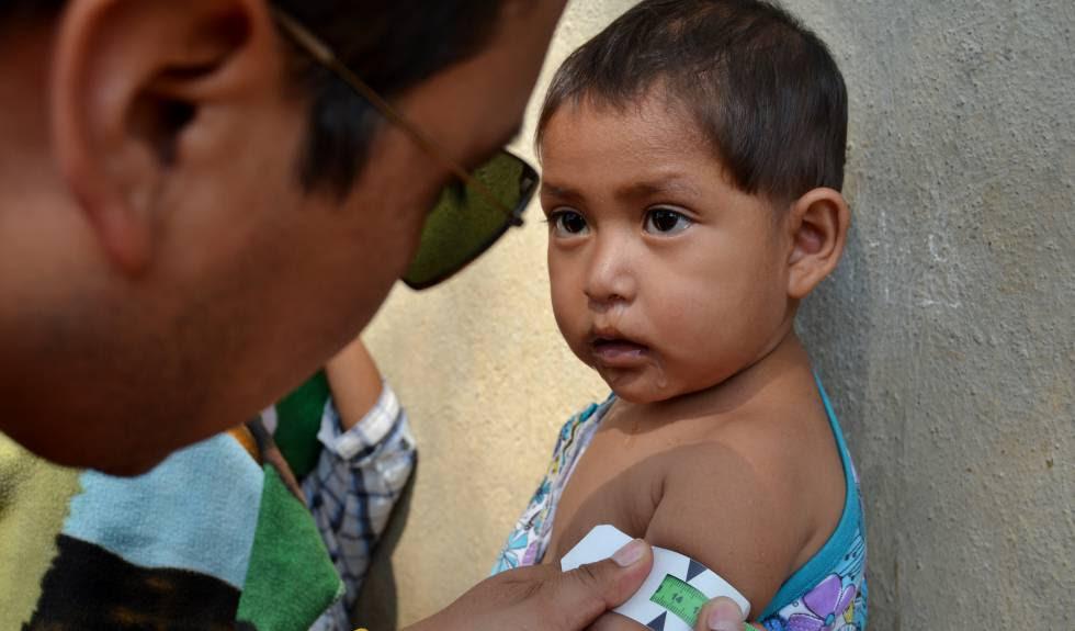 Un control de desnutrición infantil.