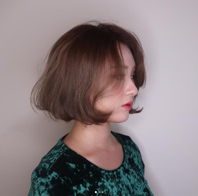 Gợi ý kiểu tóc và phong cách trang điểm không mất nhiều thời gian cho dịp đi chơi đón năm mới - Ảnh 13.