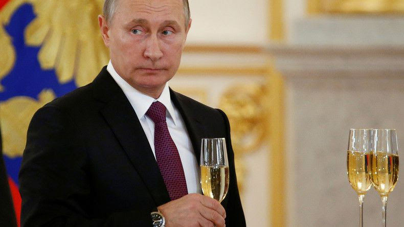 Encore une coupe, Vladimir Vladimirovitch ? Par Pierre Lévy le 28 novembre 2016.