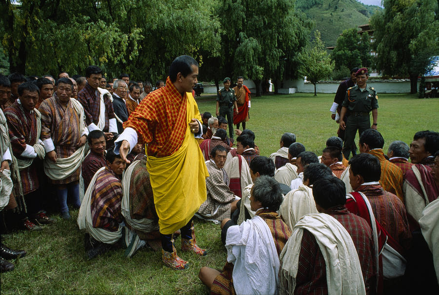 http://images.fineartamerica.com/images-medium-large/bhutans-king-jigme-singye-wangchuck-james-l-stanfield.jpg