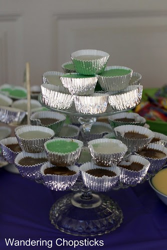 How to Make a Tiered Cupcake Stand 10