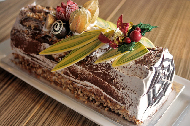 Swensen's Chendol Jubilee Log Cake (clearly NOT part of the Healthier Choice program!)