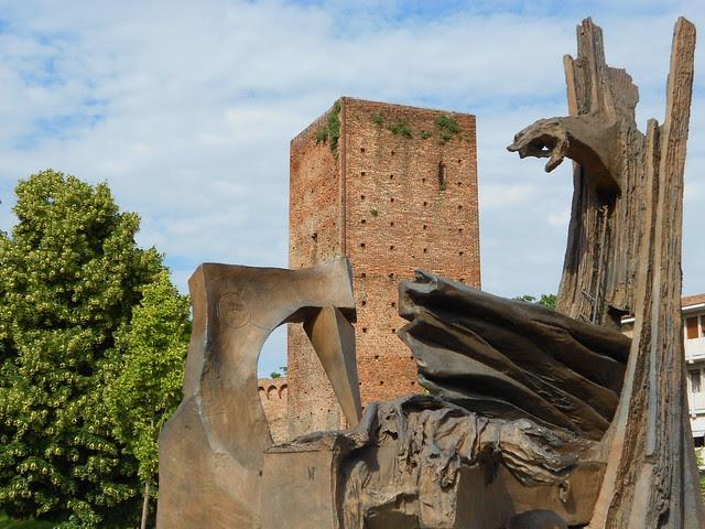 monumento a Giacomo Matteotti a Rovigo