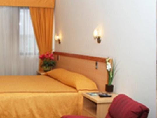 Review Arenas Blancas Hotel