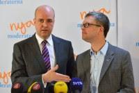 Kent Persson ser upp till den Allsmäktige Fredrik reinfeldt