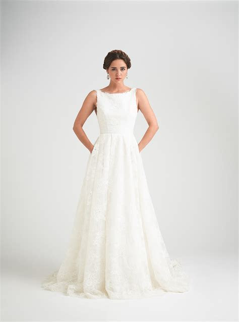 Lace Wedding Dress Trends and Styles   Caroline Castigliano