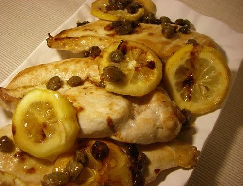 Petti di pollo con capperi e limone