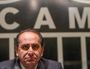 Alexandre Kalil, ex-presidente do Atlético-MG, acompanha eleição do sucessor, Daniel Nepomuceno (Foto: Bruno Cantini/Flicker do Atlético-MG)