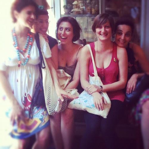 Friends by la casa a pois