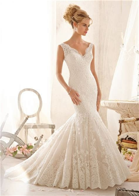 Mermaid Scalloped V Neck Low Back Pleated Lace Wedding