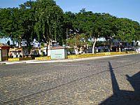 praça do centro da cidade