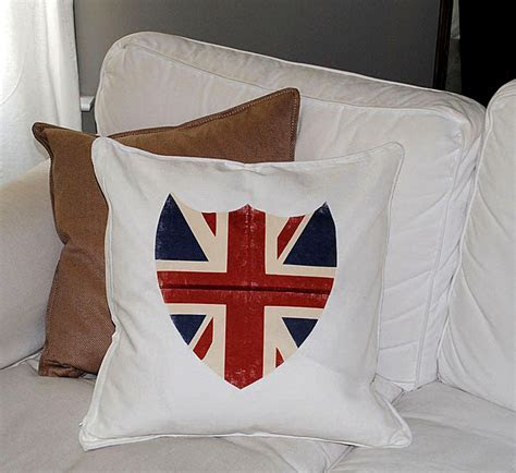 Best Iron On Transfer Paper!   Union Jack Shield Pillow