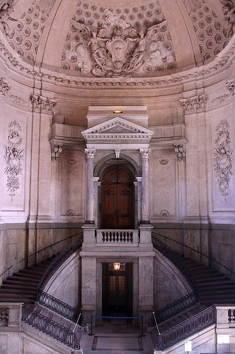 Archivo:Stockholm Palace staircase.jpg