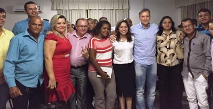 Eliziane com Aluisio mendes, Marlon Garcia e os candidatos a vereador pelo PTN e PTdoB