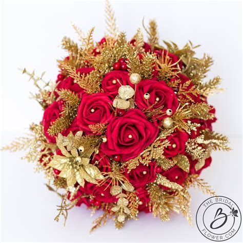 Red and gold glitter winter wedding bouquet ? The Bridal