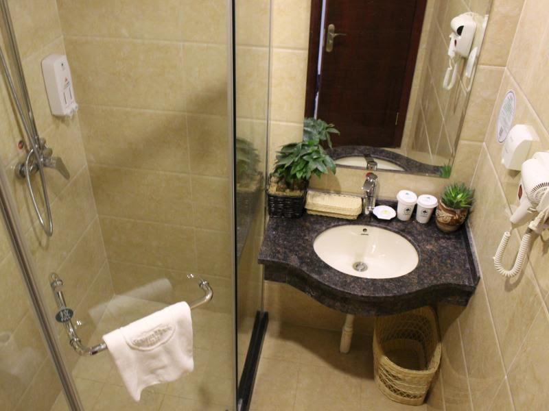 Review GreenTree Inn Tangshan Ring Road South Ring and Fuxing Road Express Hotel