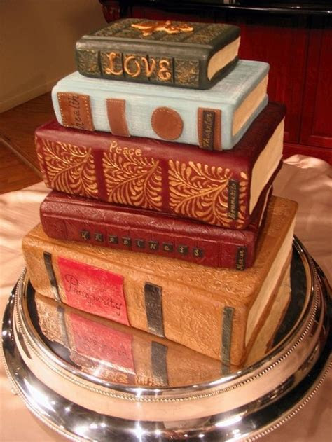 book cake, love the details on the book spine   pretty
