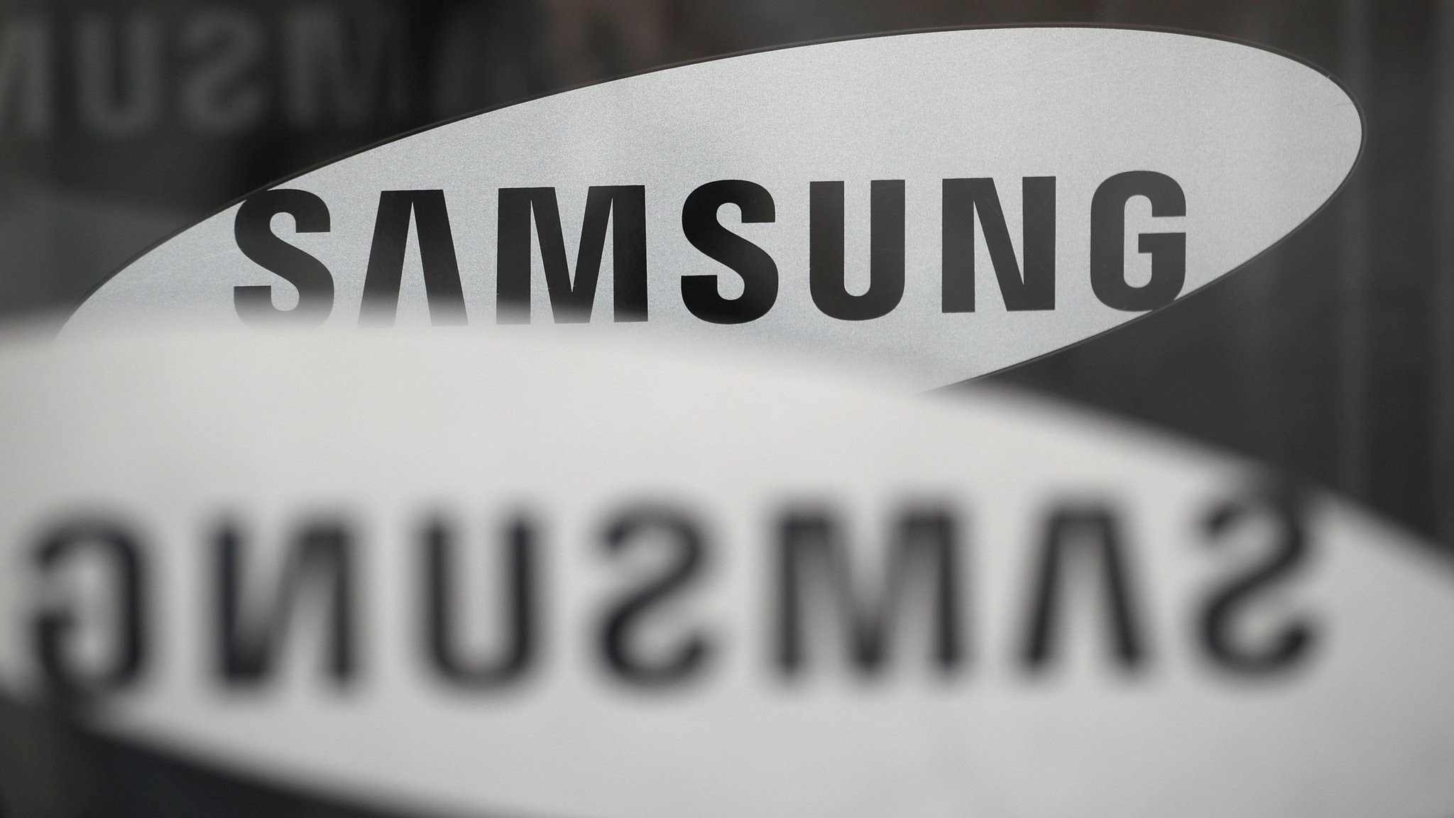 Samsung Profits Slide 30 On Weak Chip And Phone Sales Financial Times