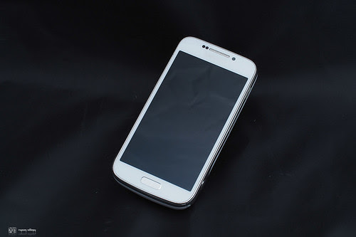 Samsung_S4Zoom_02