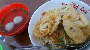 Kota berhawa sejuk ini mempunyai banyak sekali masakan enak yang nikmat disantap bersama  Tempat Wisata Malang Jawa Timur terfavorit dan terbaru untuk keluarga:  10 Tempat Wisata Kuliner di Malang yang Wajib Dikunjungi