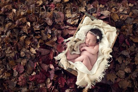 Samantha   Fall Newborn   New Westminster Newborn