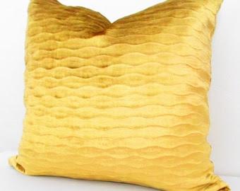 Popular items for gold velvet pillow on Etsy