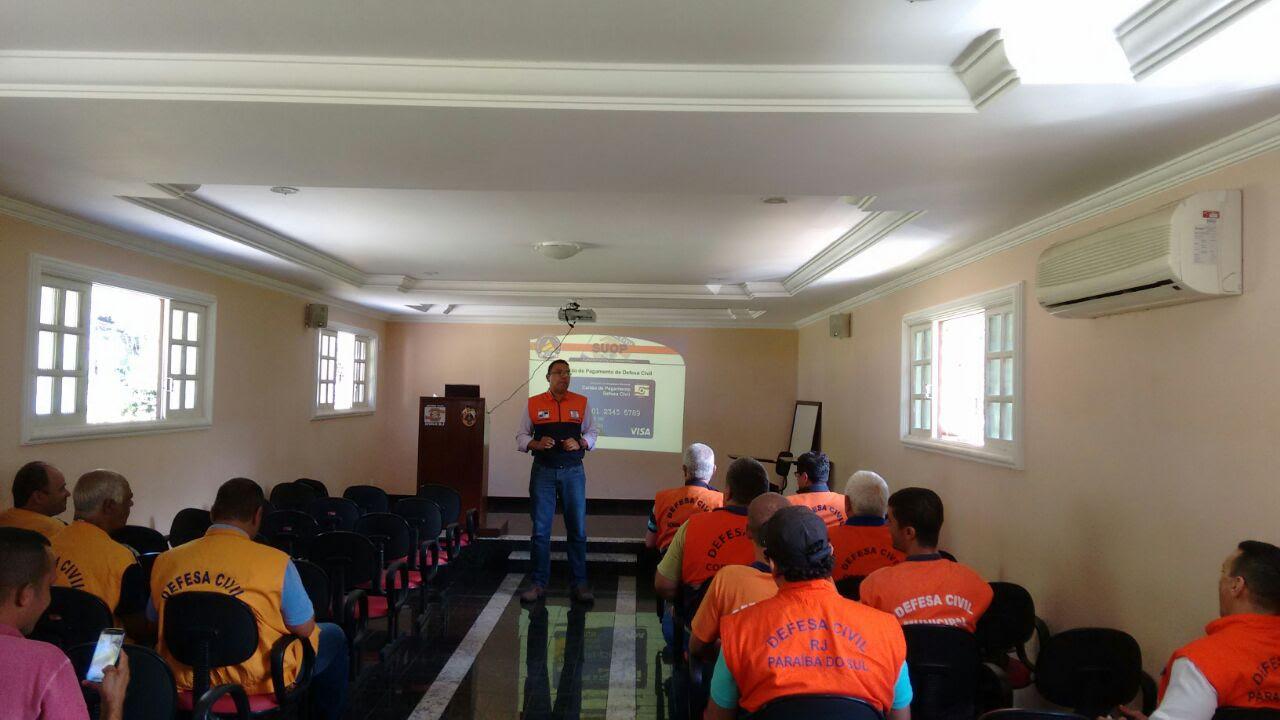Sedec-RJ promove encontro em Teresópolis