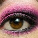hot-pink-make-up-style-5