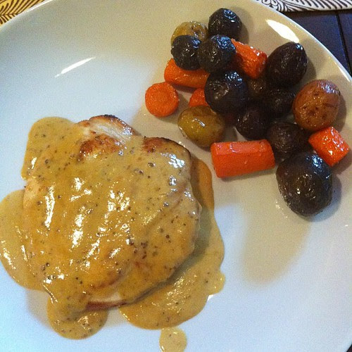 Chicken #withmustard sauce and roasted carrots & potatoes #wfd