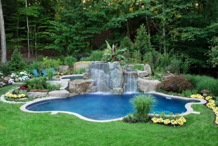 Small Pool Landscaping Ideas