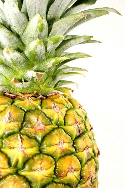 http://projectasilia.files.wordpress.com/2009/09/pineapple.jpg
