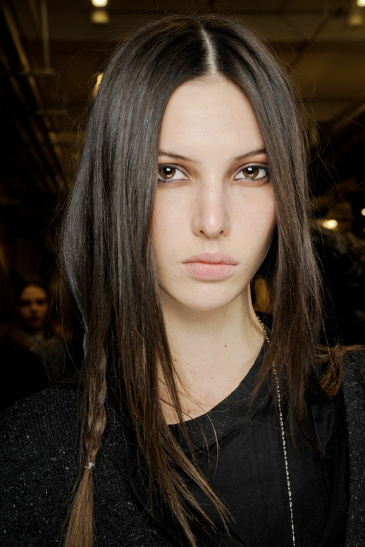 LE FASHION BLOG HAIR MESSY BRAIDS RAG BONE FW 2011 RUBY ALDRIDGE 2 photo LEFASHIONBLOGHAIRMESSYBRAIDSRAGBONEFW2011RUBYALDRIDGE2.png