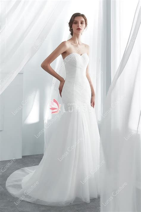 White Simple Elegant Mermaid Tulle Wedding Dress with Lace