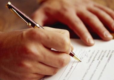 Απόφαση Δ.Σ. - Αποχή την 1/11 και 2/11 για το ζήτημα της υποχρεωτικής παράστασης στην υπογραφή συμβολαίων