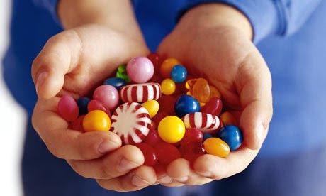 Handful-of-sweets-002
