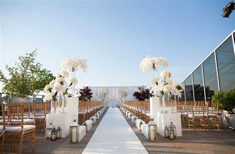 Rooftop Wedding Venues NYC Boasting Distinctive Celebration
