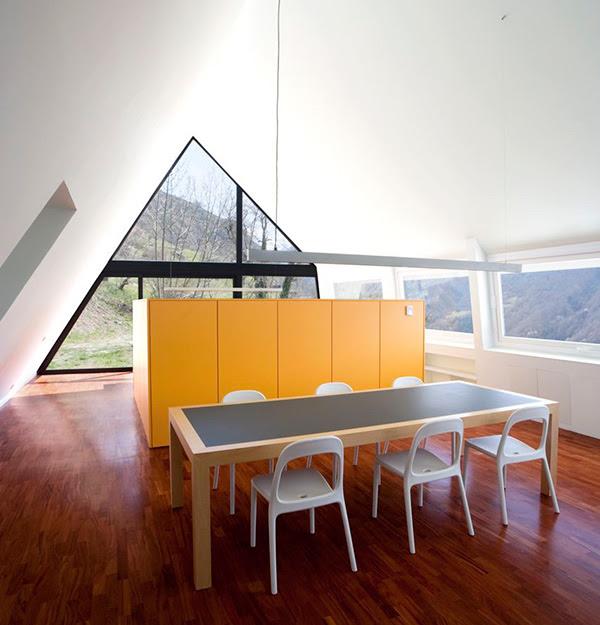 extraordinary-house-design-with-extraordinary-views-of-pyrenees-8.jpg