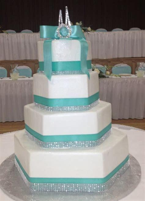Calumet Bakery Hexagon shaped wedding cake   Wedding Cakes