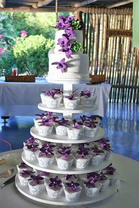 10 TOTALLY UNIQUE WEDDING CUPCAKE IDEAS   Cake Magazine