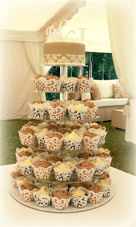 pictures  cupcake wedding cakes