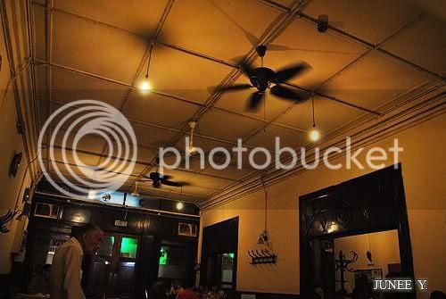 http://i599.photobucket.com/albums/tt74/yjunee/blogger/DSC_0143.jpg?t=1258432157