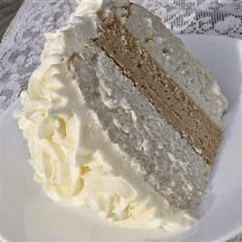 10 Best White Almond Wedding Cake Recipes   Yummly