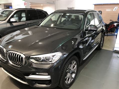 bmw    drive   mexico global car trading